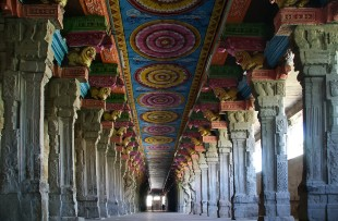 Inside of Meenakshi hindu temple in Madurai, Tamil Nadu, South India. It is a twin temple, one of which is dedicated to Meenakshi, and the other to Lord Sundareswarar copy